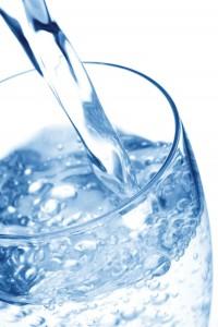 2e89e_NH-SO10-glass-water